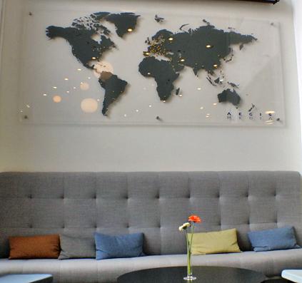 Landkort af folie monteret på glas skilt plade aegis medie skilte skiltefabrikken christianshavn københavn