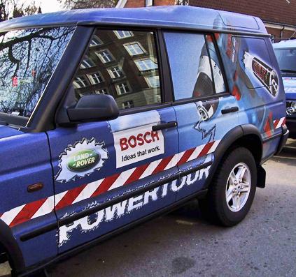 bil dekoration folie powertour blå bosch skilt skilte skiltefabrikken københavn