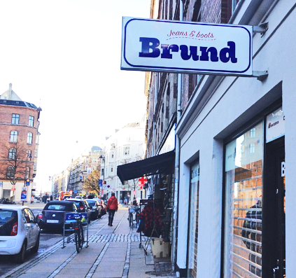 brund jeans emalje skilt udhæng skilt skiltefabrikken københavn