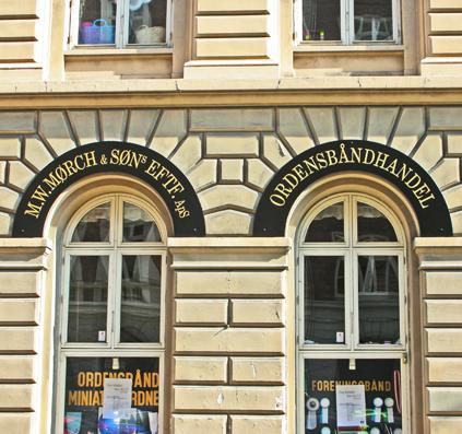 facade bladguld ordensbånd skilt skiltefabrikken københavn kongelig skilte guld
