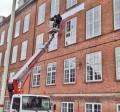 montering lift højde facade bogstaver lergravsparkens skole skilt skiltefabrikken københavn