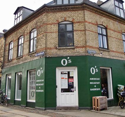 o's øster farimagsgade københavn ø østerbro cafe hygge skilt skiltefabrikken københavn bogstaver facade skilt